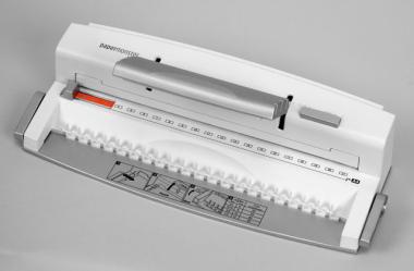 Stanz- und Plastikbindegerät PB8